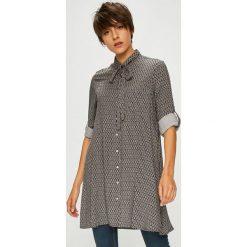 Medicine - Koszula Basic. Szare koszule damskie marki MEDICINE, l, z tkaniny, casualowe, z długim rękawem. Za 89,90 zł.