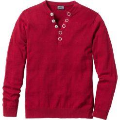 """Sweter """"Slim fit"""" bonprix ciemnoczerwony. Czerwone swetry klasyczne męskie marki bonprix, l, z dekoltem w serek. Za 89,99 zł."""
