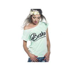 Koszulka miętowa Boska. Zielone bluzki z odkrytymi ramionami ŁAP NAS, l, z nadrukiem, z bawełny. Za 89,00 zł.