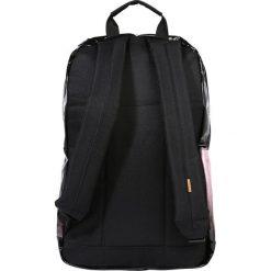 Spiral Bags PLATINUM Plecak pink glitter fade. Czerwone plecaki męskie marki Spiral Bags. W wyprzedaży za 151,20 zł.