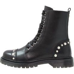 Bronx Botki sznurowane black. Czarne botki damskie skórzane marki Bronx. Za 679,00 zł.