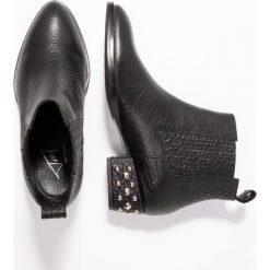 Toral Ankle boot cabra matt. Czarne botki damskie skórzane marki Toral. Za 759,00 zł.