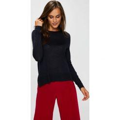 Vero Moda - Sweter. Szare swetry klasyczne damskie Vero Moda, l, z dzianiny, z okrągłym kołnierzem. W wyprzedaży za 99,90 zł.