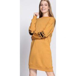 Żółta Bluza Peace Of Mind. Żółte bluzy damskie Born2be, l, z nadrukiem, z długim rękawem, długie. Za 89,99 zł.