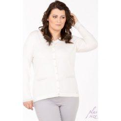 Swetry klasyczne damskie: Sweter z ozdobną lamówką Plus