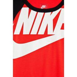Nike Kids - Top dziecięcy 122-166 cm. Szare bluzki dziewczęce marki bonprix, m, melanż, z dzianiny, z kontrastowym kołnierzykiem. W wyprzedaży za 49,90 zł.