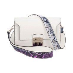Torebki klasyczne damskie: Skórzana torebka w kolorze białym – (S)26 x (W)15 x (G)8 cm