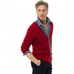 Kardigan kaszmirowy w kolorze bordowym. Czerwone kardigany męskie marki Ateliers de la Maille, m, z kaszmiru. W wyprzedaży za 591,95 zł.