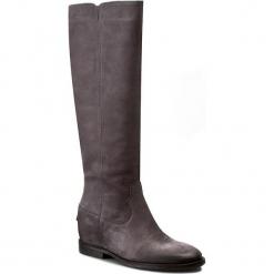 Kozaki CARINII - B3686 I25-000-POL-B89. Szare buty zimowe damskie marki Carinii, z nubiku, przed kolano, na wysokim obcasie, na obcasie. W wyprzedaży za 329,00 zł.