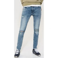 Jeansy slim fit - Niebieski. Niebieskie jeansy damskie relaxed fit marki Reserved. Za 129,99 zł.