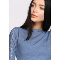 Swetry klasyczne damskie: Niebieski Sweter Right Love
