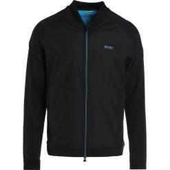 BOSS ATHLEISURE SEATECH Kurtka wiosenna black. Niebieskie kurtki męskie marki BOSS Athleisure, m. W wyprzedaży za 759,85 zł.