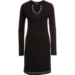Sukienka shirtowa z kapturem bonprix czarny. Czarne sukienki z falbanami marki bonprix, w koronkowe wzory. Za 89,99 zł.