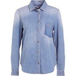 7 for all mankind Koszula indigo script. Niebieskie koszule damskie 7 for all mankind, m, z bawełny. W wyprzedaży za 403,60 zł.