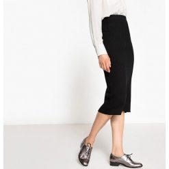Długie spódnice: Spódniczka midi z dzianiny