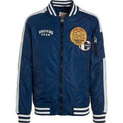 Petrol Industries Kurtka przejściowa royal blue. Niebieskie kurtki chłopięce przejściowe marki Petrol Industries, z materiału. W wyprzedaży za 368,10 zł.