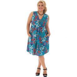 Odzież damska: Sukienka w kolorze turkusowym ze wzorem