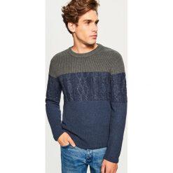 Sweter - Granatowy. Niebieskie swetry klasyczne męskie marki Reserved, l. Za 119,99 zł.