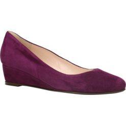 Czółenka JENA. Czerwone buty ślubne damskie Gino Rossi, ze skóry, na koturnie. Za 299,90 zł.