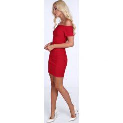 Sukienki: Sukienka dopasowana carmen czerwona 22444