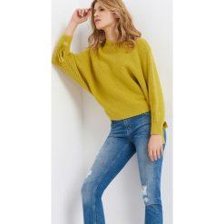Sweter nietoperz. Żółte swetry klasyczne damskie marki Orsay, m, z jeansu. W wyprzedaży za 70,00 zł.