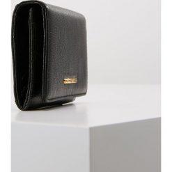 Coccinelle METALLIC SOFT Portfel noir. Czarne portfele damskie marki Coccinelle. Za 349,00 zł.