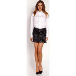 Biała Koszula Zapinana na Biżuteryjne Guziki. Białe koszule damskie marki Molly.pl, l, z tkaniny, klasyczne, z klasycznym kołnierzykiem, z długim rękawem. Za 99,00 zł.