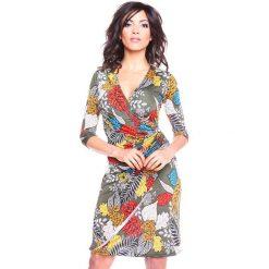 """Sukienki hiszpanki: Sukienka """"Automne"""" w kolorze khaki ze wzorem"""