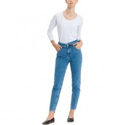 """Dżinsy """"Joyce"""" - Regular fit - w kolorze niebieskim. Niebieskie spodnie z wysokim stanem marki Cross Jeans, z aplikacjami. W wyprzedaży za 127,95 zł."""