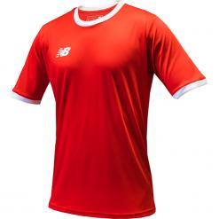 Koszulka treningowa - EMT6112HRD. Czerwone koszulki do piłki nożnej męskie New Balance, na jesień, m, z materiału. Za 89,99 zł.