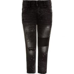 Next PAINT SPLAT PATCH  Jeans Skinny Fit black. Czarne jeansy męskie regular Next, z bawełny. Za 129,00 zł.