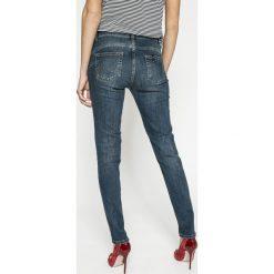 Liu Jo - Jeansy Fabulous. Niebieskie jeansy damskie marki Liu Jo. W wyprzedaży za 399,90 zł.