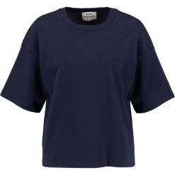 T-shirty damskie: Mads Nørgaard TUTTI Tshirt z nadrukiem navy