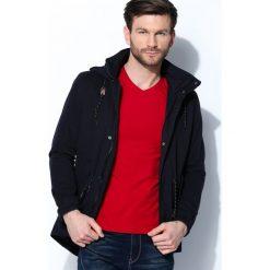 Granatowa Kurtka Windy Type. Czarne kurtki męskie marki Born2be, l, z aplikacjami, z dresówki. Za 179,99 zł.