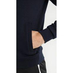Lacoste Sport HOODY SH2128 Bluza z kapturem marine/argent chine. Niebieskie bluzy męskie rozpinane marki Lacoste Sport, m, z materiału. Za 429,00 zł.
