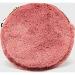 Answear - Portfel. Różowe portfele damskie ANSWEAR, z materiału. W wyprzedaży za 39,90 zł.