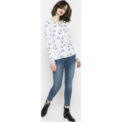 Medicine - Jeansy Basic. Niebieskie jeansy damskie rurki marki MEDICINE. W wyprzedaży za 59,90 zł.