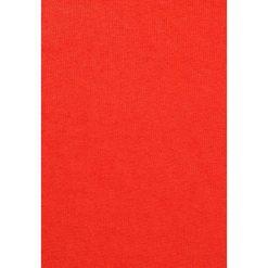 Poncza: Johnstons Cashmere FRINGED TRIANGLE SCARF Ponczo amaranth