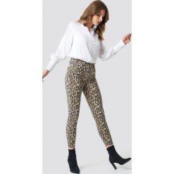 Spodnie damskie: Trendyol Jeansy skinny z wysokim stanem - Brown