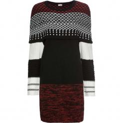 Sukienka dzianinowa wzorzysta bonprix czarno-biało-czerwony wzorzysty. Czarne sukienki dzianinowe marki bonprix, w kolorowe wzory, z krótkim rękawem, mini. Za 99,99 zł.