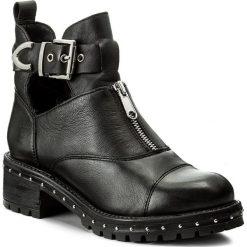 Botki BRONX - 47042-A BX 1417 Black/Silver 187. Czarne botki damskie skórzane marki Bronx. W wyprzedaży za 339,00 zł.