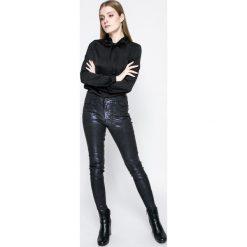 Vero Moda - Koszula Lilje. Szare koszule damskie marki Vero Moda, l, z poliesteru, casualowe, ze stójką, z długim rękawem. W wyprzedaży za 59,90 zł.