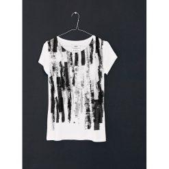 Kathmandu no.8 t-shirt - SELVA. Czarne t-shirty damskie Pakamera, z wiskozy. Za 129,00 zł.