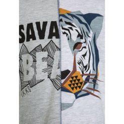 IKKS TEE  Tshirt z nadrukiem grey. Szare t-shirty męskie IKKS, z nadrukiem, z bawełny. Za 159,00 zł.