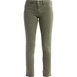 Boyfriendy damskie: AG Jeans ANKLE Spodnie materiałowe olive