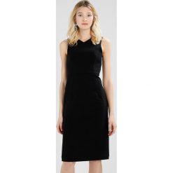 Sukienki hiszpanki: IVY & OAK CROSSED Sukienka etui black
