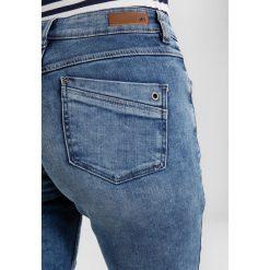 S.Oliver RED LABEL SHAPE Jeansy Slim Fit mid blue heavy stone wash. Niebieskie jeansy damskie marki s.Oliver RED LABEL, z bawełny. W wyprzedaży za 224,10 zł.
