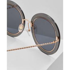 Marc Jacobs Okulary przeciwsłoneczne lilac. Szare okulary przeciwsłoneczne damskie aviatory Marc Jacobs. W wyprzedaży za 980,10 zł.