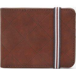 Portfele męskie: Brązowy portfel z gumką