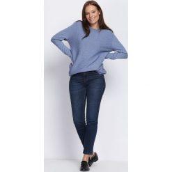 Niebieski Sweter Light The Flame. Niebieskie swetry klasyczne damskie marki Born2be, l, prążkowane. Za 79,99 zł.